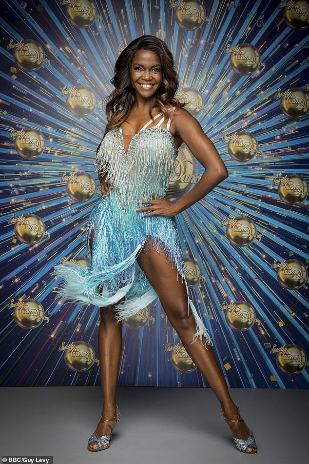 ¿Interviniendo?  Se dice que Oti Mabuse de Strictly está en la carrera por un puesto de juez en The Masked Dancer
