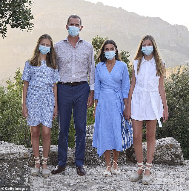 Queen Letizia of Spain (second right) looked effortlessly chic as she joined her family out an outing in Mallorca earlier this week.She was joined by her husband King Felipe VI (second left) and daughtersPrincess Leonor, 15, (left) and Infanta Sofía, 14 (right)
