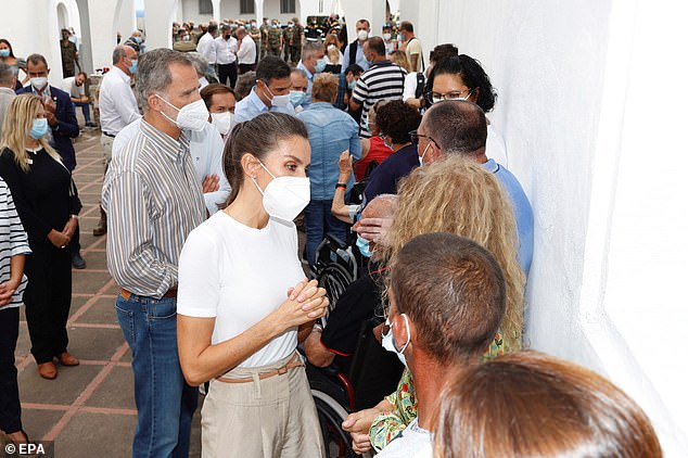Letizia and Felipe chatted with victims of the volcanic eruption, which began on Sunday, about their experiences