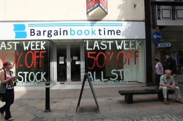 Bargain Book Time / Closed, Lancaster