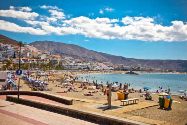 Las Vistas-ströndin á suðurhluta Tenerife