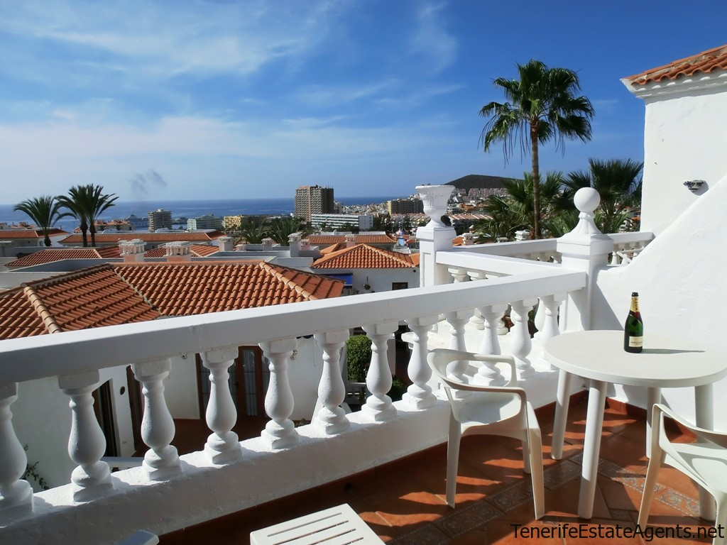 1 Bed Apartment For Sale With Sea Views On Royal Palm Los Cristianos 142 000
