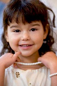 La niña de las perlas