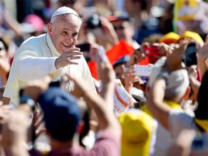 Francisco: la Iglesia es católica