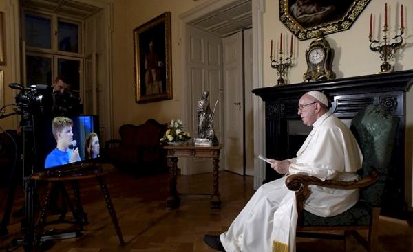 Diálogo del Santo Padre con los jóvenes italianos