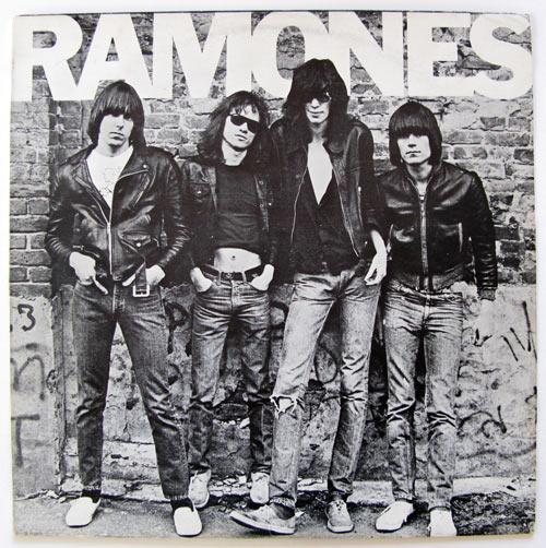 ramones ramones Ramones: primeiro álbum ganha disco de ouro após 38 anos