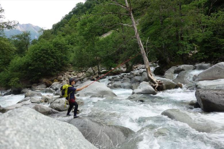 Satsuki Tanaka - Trends in Japanese Tenkara - Boulders