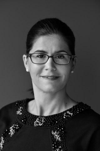 Dr. Zádori Eszter