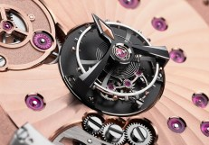 2640_close-up Tourbillon