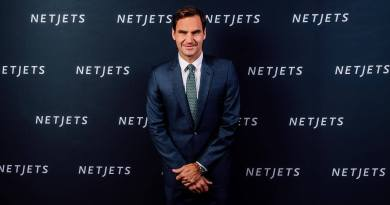 Roger Federer breaks another record without playing a match