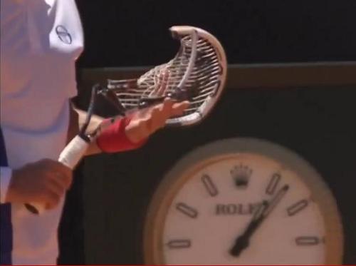 Novak Nole Djokovic racquet racket smash broken pictures photos images screencaps