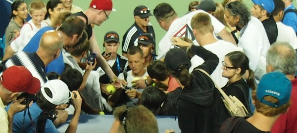 Tomas Berdych signing autographs Cincinnati Open 2012 pictures fans photos images by Valerie David