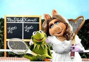 Miss Piggy Kermit tennis racquets heart shaped Wimbledon whites