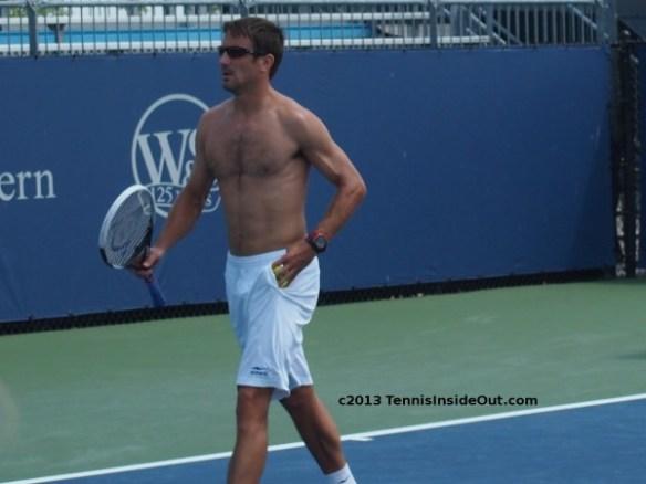 Tommy Robredo sexy hot shirtless photos Cincinnati Open practice 2013 hairy sweaty