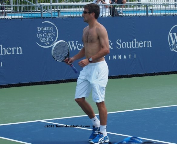 Western and Southern Open Cincinnati Masters practice Tommy Robredo shirtless hairy chest practice racquet racket white shorts sexy naked topless photos