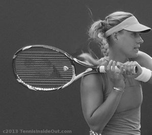 Angelique Kerber Angie black & white photos by Valerie David leftie backhand pictures