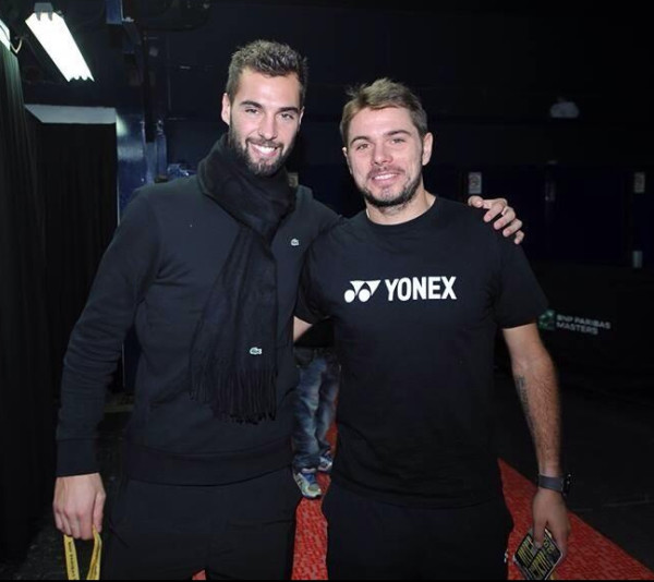 Benoit tweets photo with Stan Dec 2013