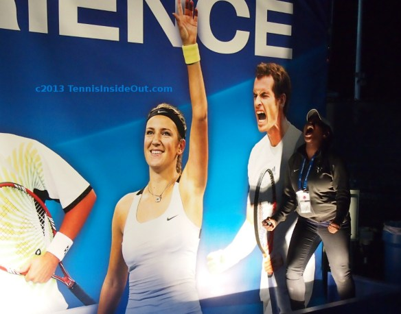 Tola and her Andy Murray impression Cincinnati Masters wall of champions