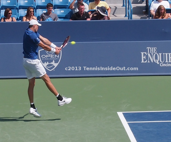 Cincinnati Isner big BH shot Djokovic match