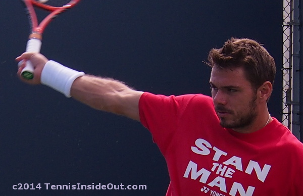 Cincy Stan the Man red tee Wawrinka close-up