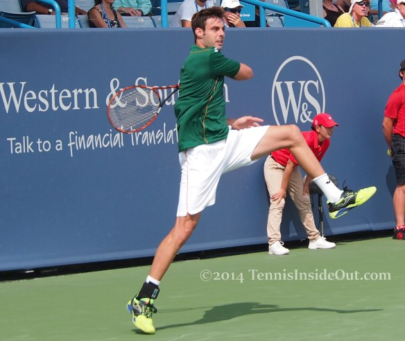 Crazy forehand follow through Western and Southern Open Marcel Granollers pics photos