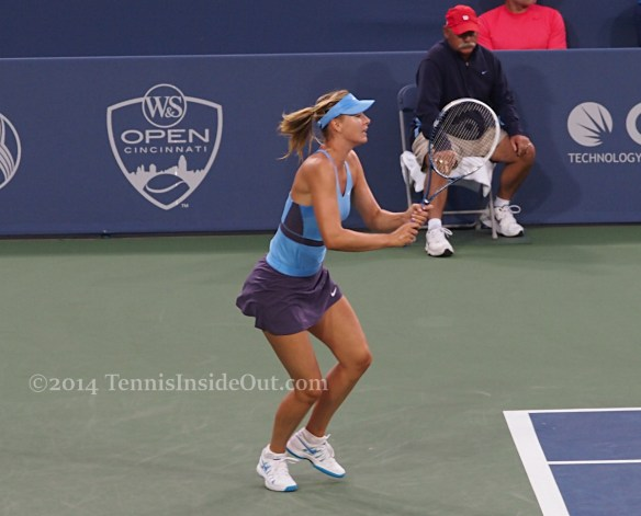 Maria Sharapova frilly skirt fluttering ponytail Cincy tennis pics