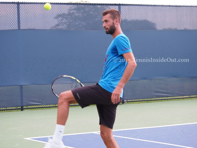 Cincinnati Benoit Paire Ben soccer footie with tennis ball showing off playing pics images photos