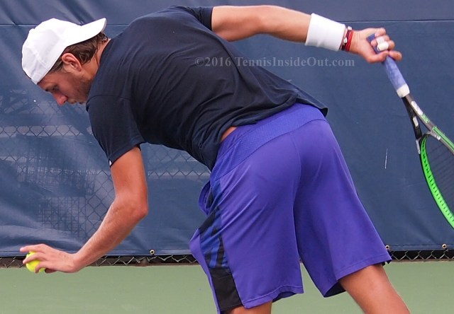 Lucas Pouille ball bounce service motion sexy butt purple shorts pics photos
