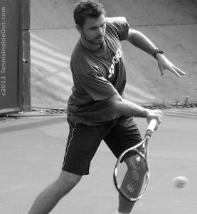 Stan forehand tennis ball