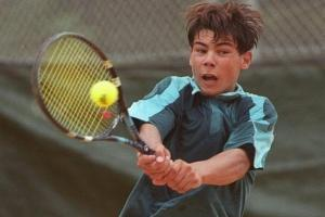 The Ultimate Guide to Kids Tennis Racquets (2020)