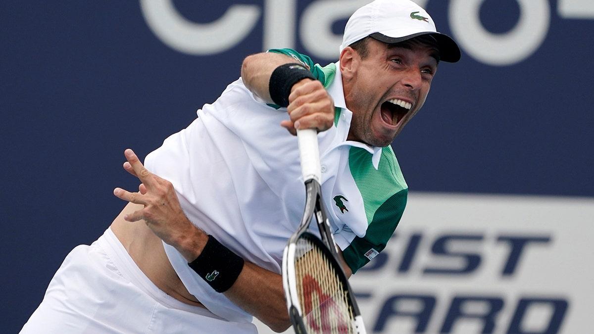 Rome Open 2021: Roberto Bautista Agut vs. Cristian Garin Tennis Pick and Prediction