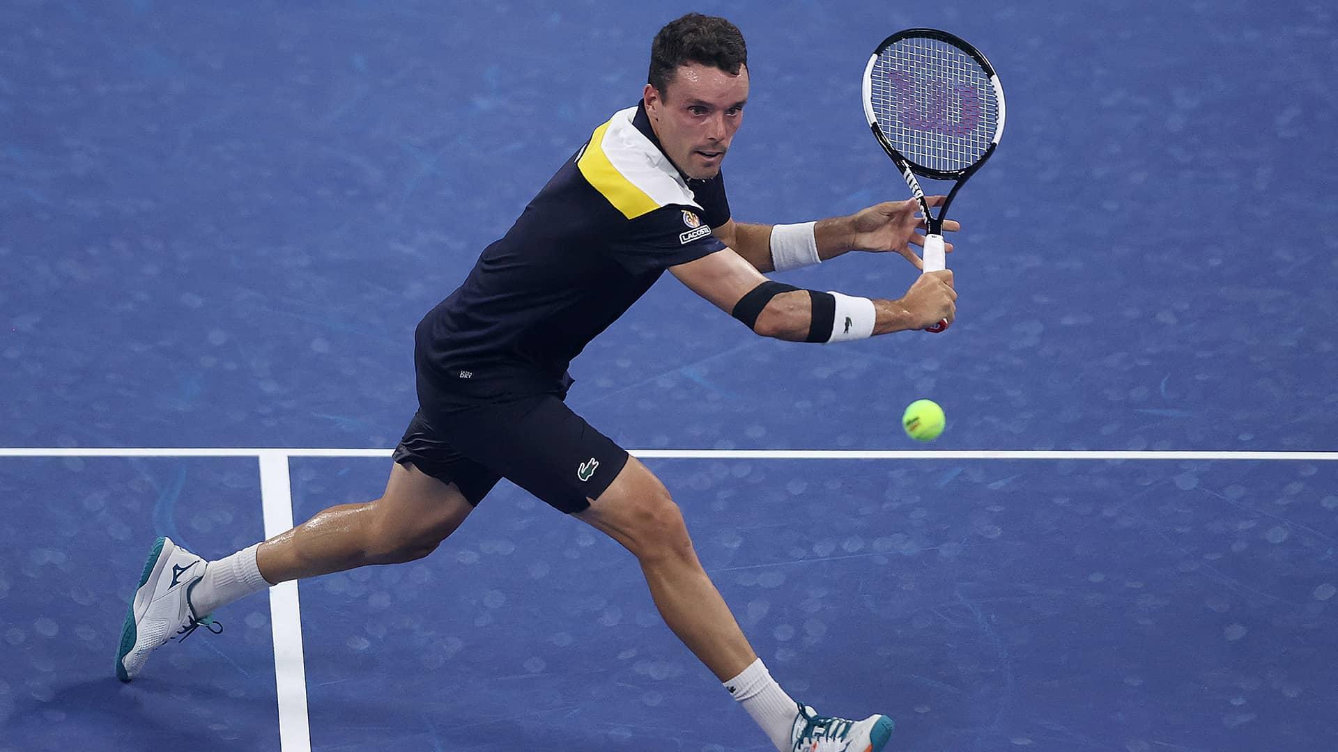 US Open 2021: Roberto Bautista Agut vs. Emil Ruusuvuori Tennis Pick and Prediction