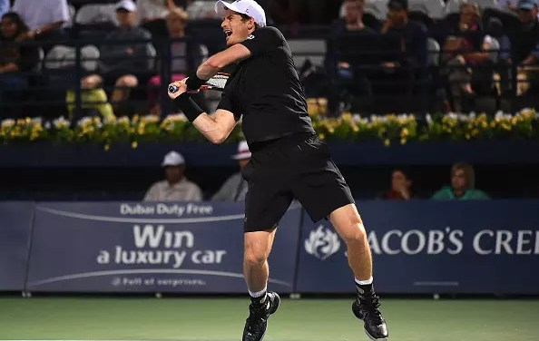 Murray survives huge test