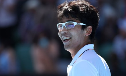Melbourne   Chung charges through