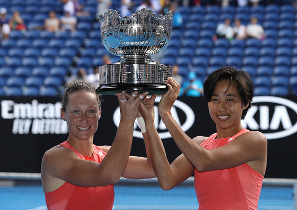 Melbourne | Stosur and Zhang take AO doubles title