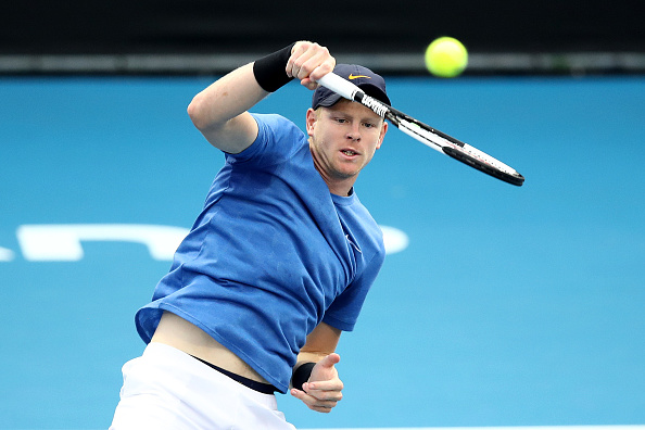 Auckland | Edmund gets off to good start