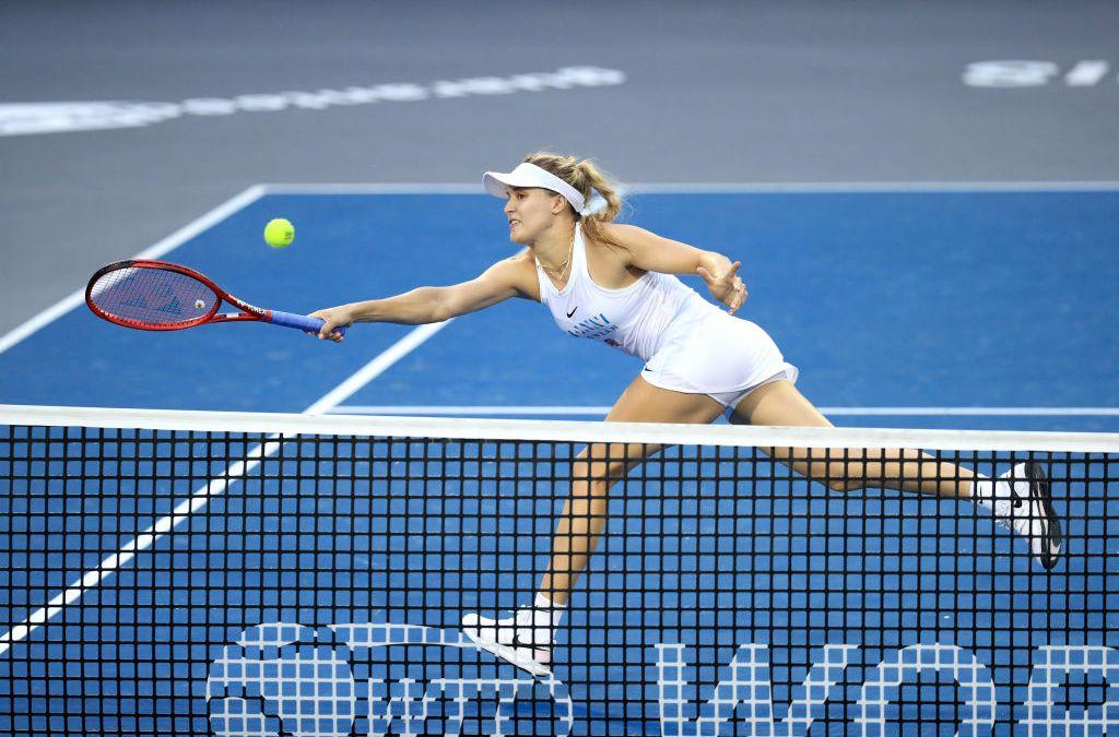 Bouchard gets past Kudermetova in Prague