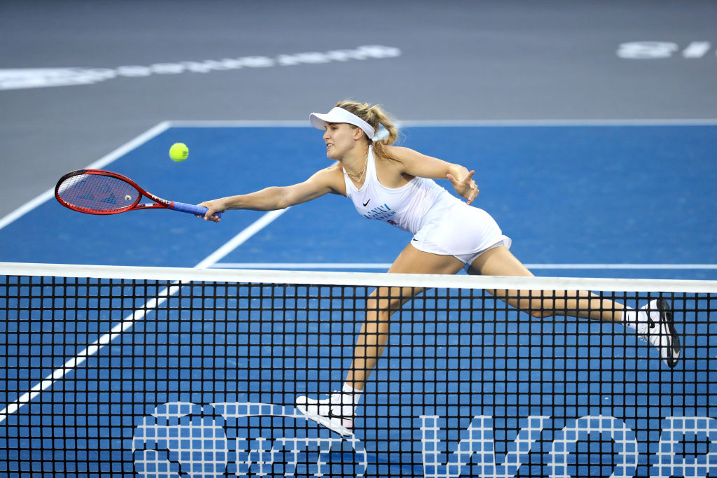 Bouchard gets past Kudermetova in Prague