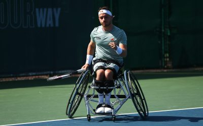 Hewett reaches fourth straight US Open semi-final