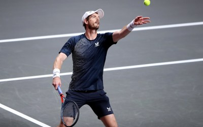 Murray makes final but is accused of receiving preferential treatment