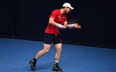 Murray through to semi-finals