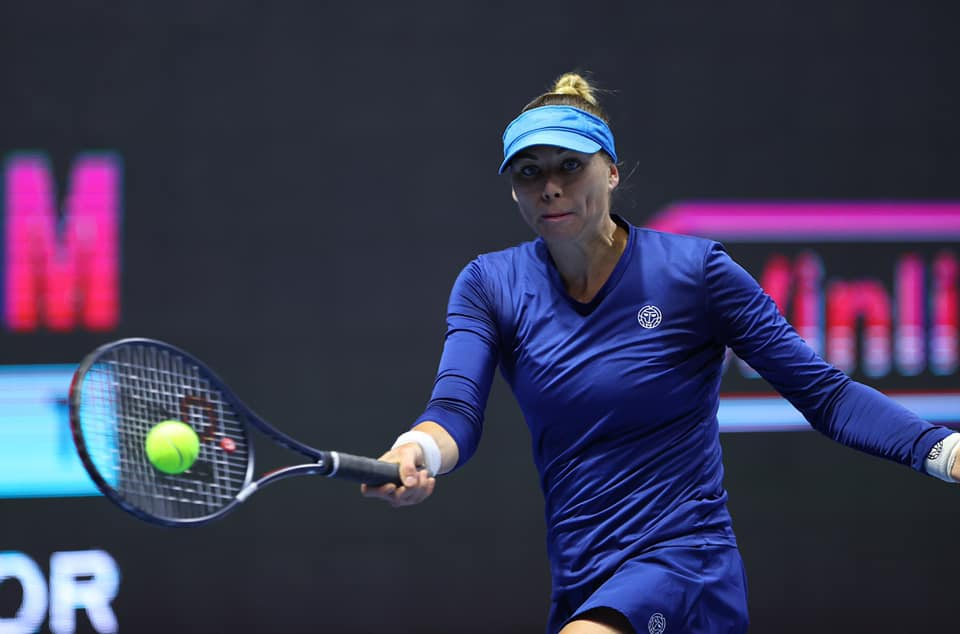 Zvonareva and Kuznetsova make St Petersburg quarters