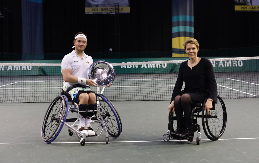 Hewett retains singles title and with Reid, the doubles title