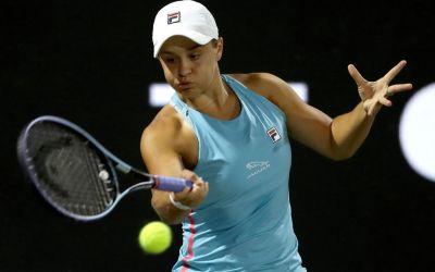 Barty battles on as Kvitova and Muguruza depart