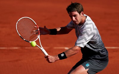 Norrie maintains form while Moutet upsets top seed