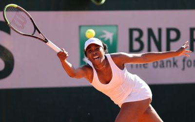 Venus punches press, as Pliskova, Muchova and Brady advance