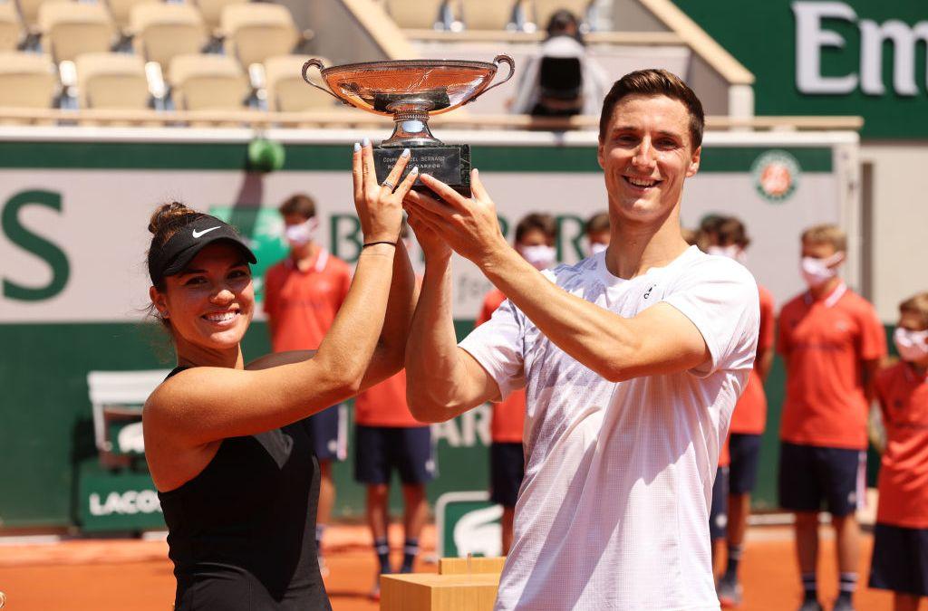 Salisbury & Krawczyk win French Mixed Doubles title