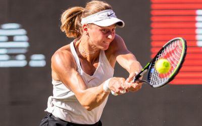 Samsonova upsets Azarenka to meet Bencic in Berlin final