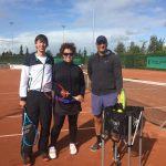 1e officiële tennisles Intense Tennis