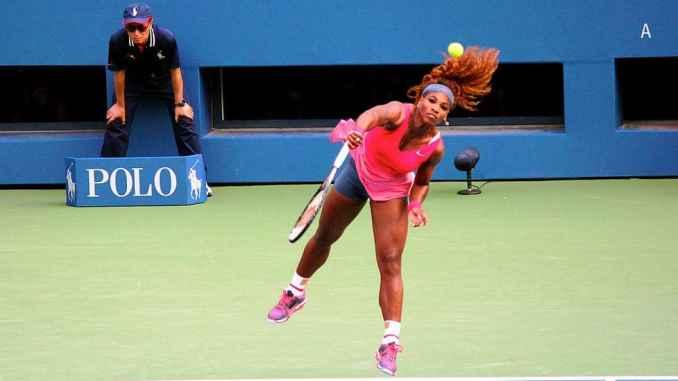 Caroline Wozniacki backs Serena Williams to be back in January